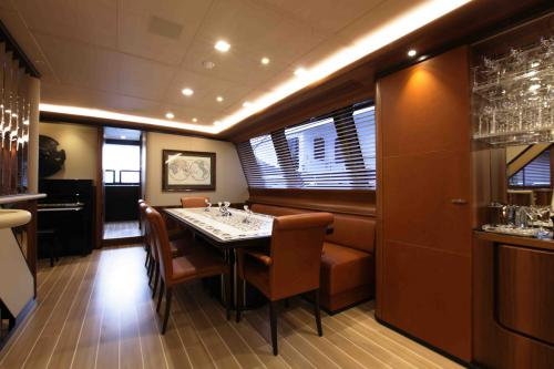 PERSEUS3 - Luxury Sailing Yacht For Charter - Interior Design - Img 3 | C&N